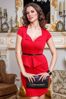 Платье с фигурным вырезом декольте Angela Ricci со скидкой